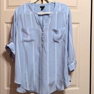 Blue and white stripe Torrid blouse size 3X